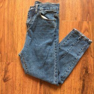 Denim - High Waist Vintage Capri Jeans